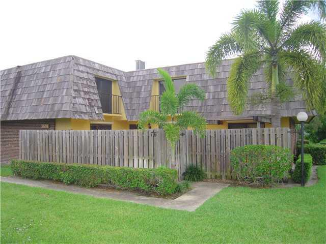Photo of home for sale at 3691 Silver Lace Lane, Boynton Beach FL