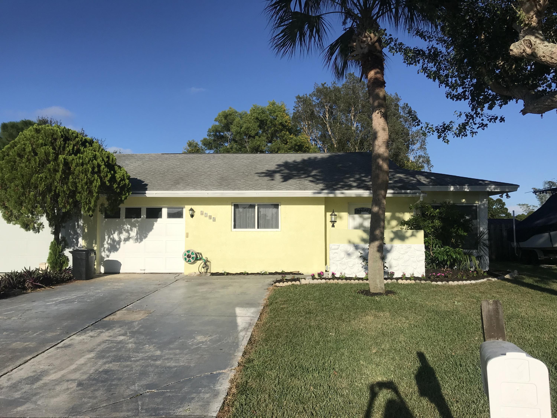 Photo of home for sale at 4505 Beaver Lane SE, Stuart FL