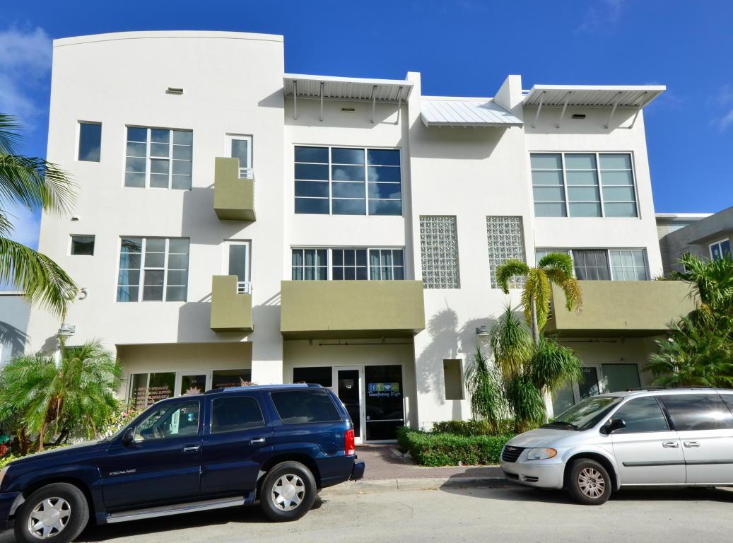 103 SE 4th Avenue 203  Delray Beach FL 33483