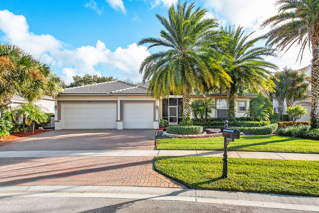 Home for sale in ISLES AT WELLINGTON 3 Wellington Florida
