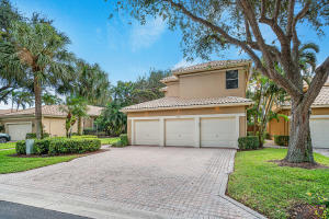 2456 NW 67th Street  For Sale 10567566, FL