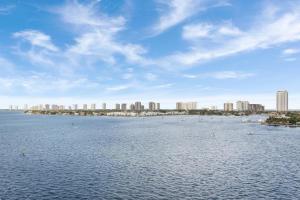 2650  Lake Shore Drive 2304 For Sale 10567823, FL