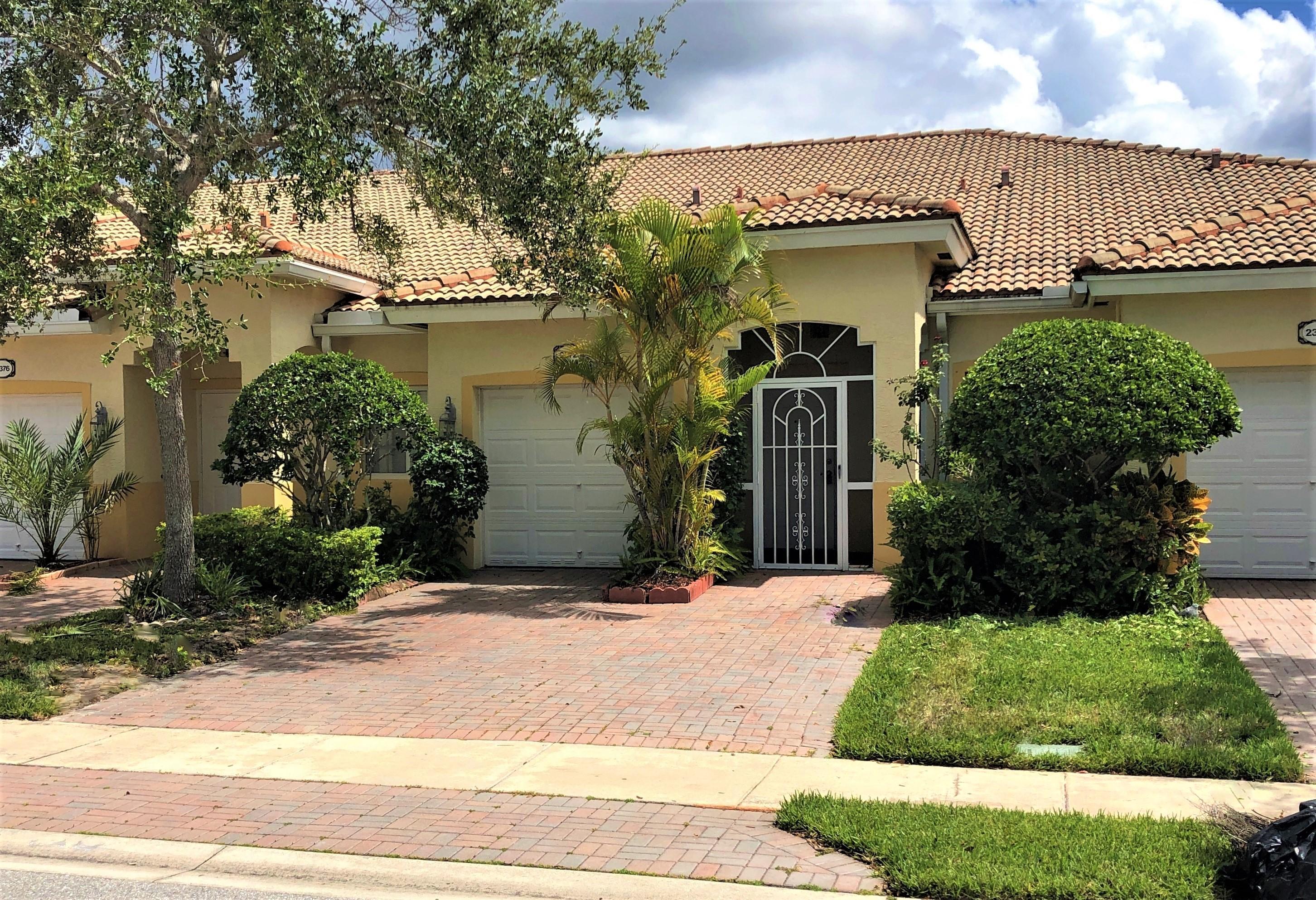 2372 Windjammer Way West Palm Beach, FL 33411
