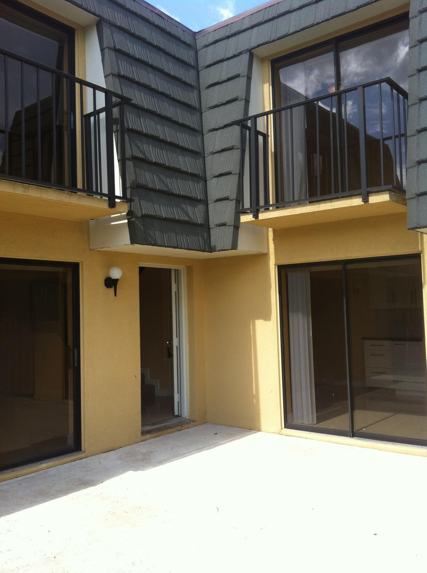 2310 23rd Way, West Palm Beach, Florida 33407, 2 Bedrooms Bedrooms, ,2 BathroomsBathrooms,Rental,For Rent,23rd,RX-10568177