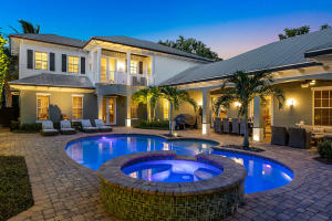 306 NW 7th Street  For Sale 10568374, FL