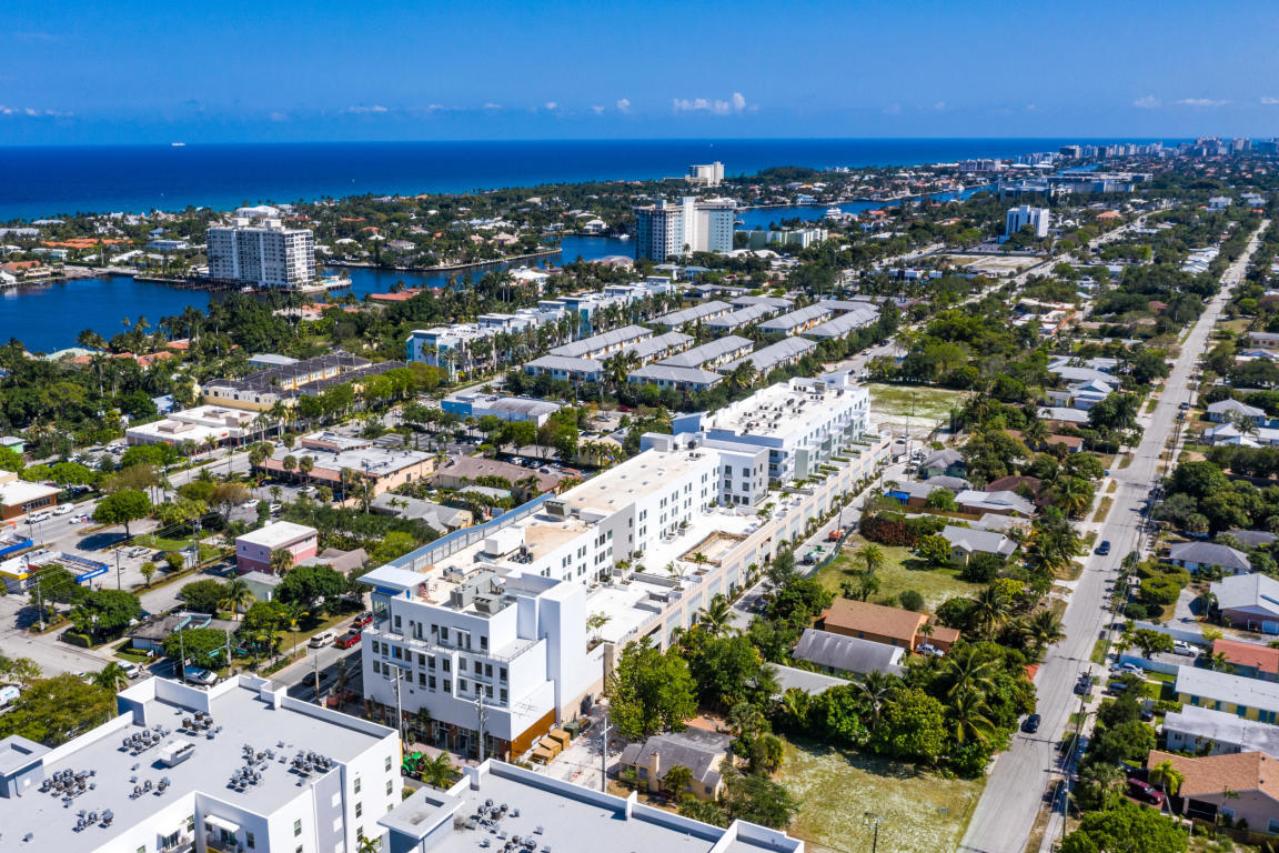 236 Fifth Avenue, Delray Beach, Florida 33483, 3 Bedrooms Bedrooms, ,2.1 BathroomsBathrooms,Condo/coop,For Sale,Fifth,RX-10568497