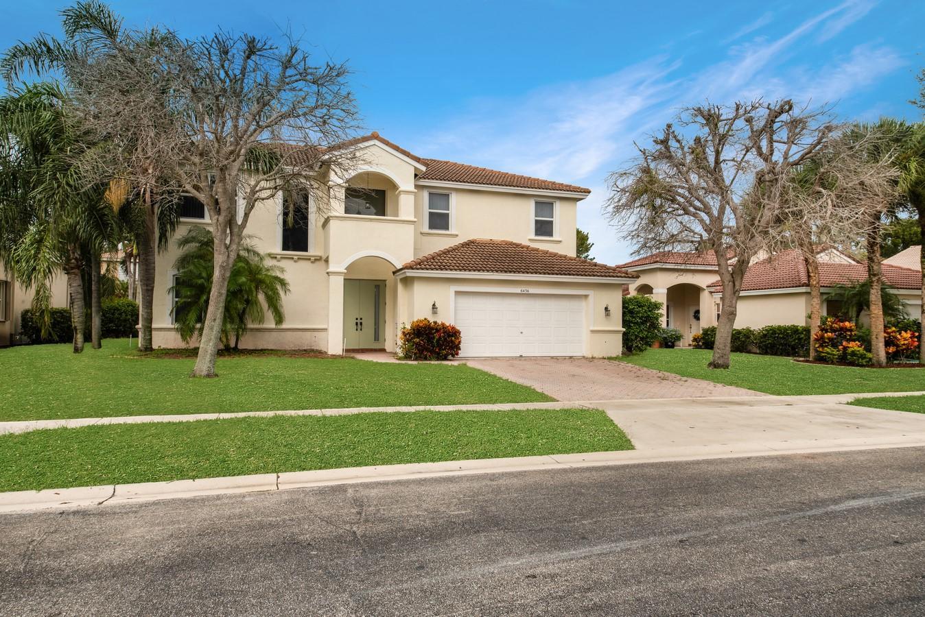 6436 Sand Hills Circle Lake Worth, FL 33463