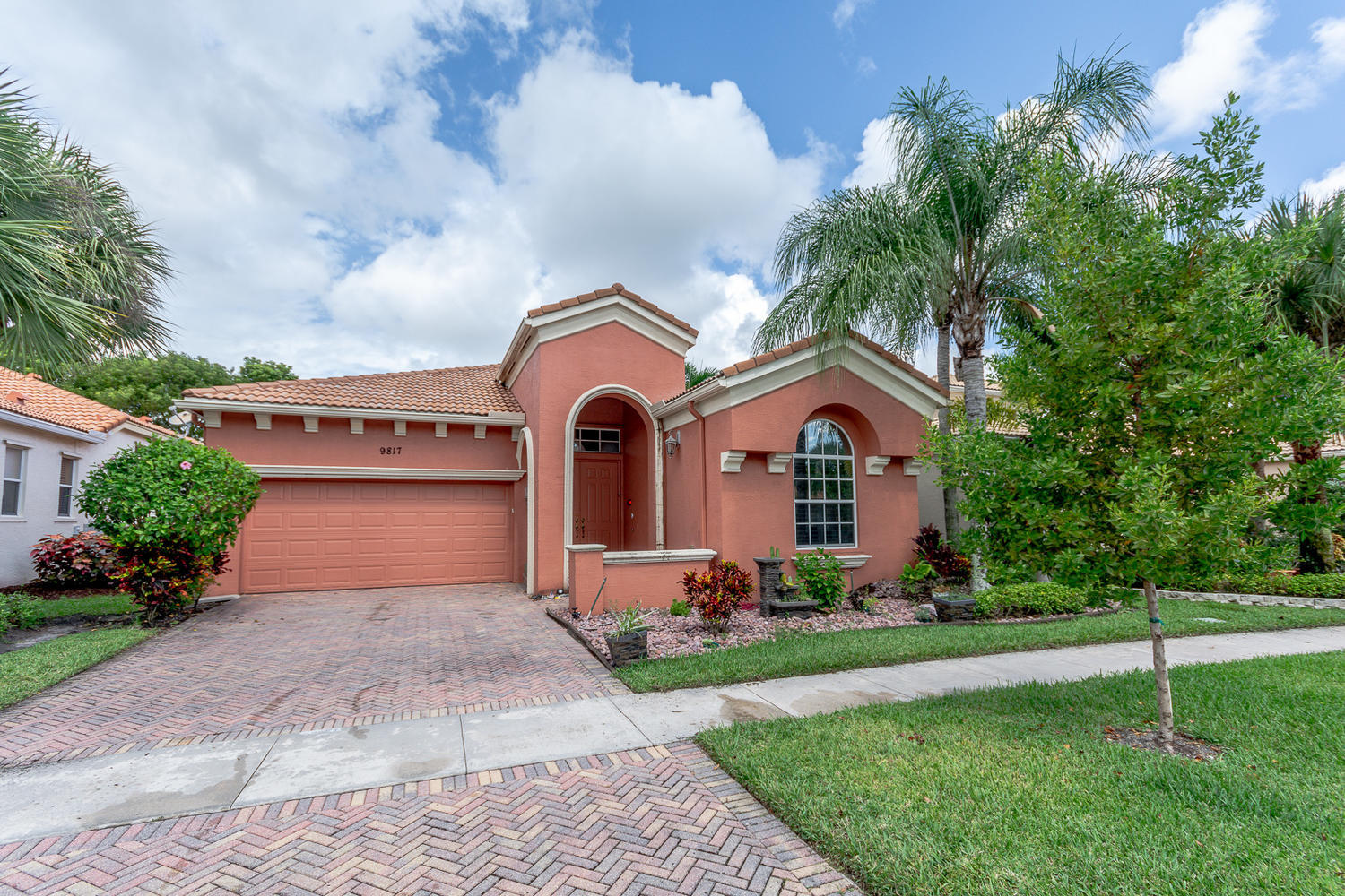 9817 Via Elegante Wellington, FL 33411