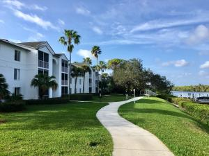 2512 SE Anchorage Cove C-2 For Sale 10569290, FL