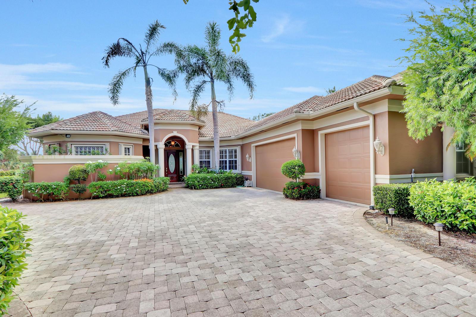 Home for sale in jupiter river estates Jupiter Florida