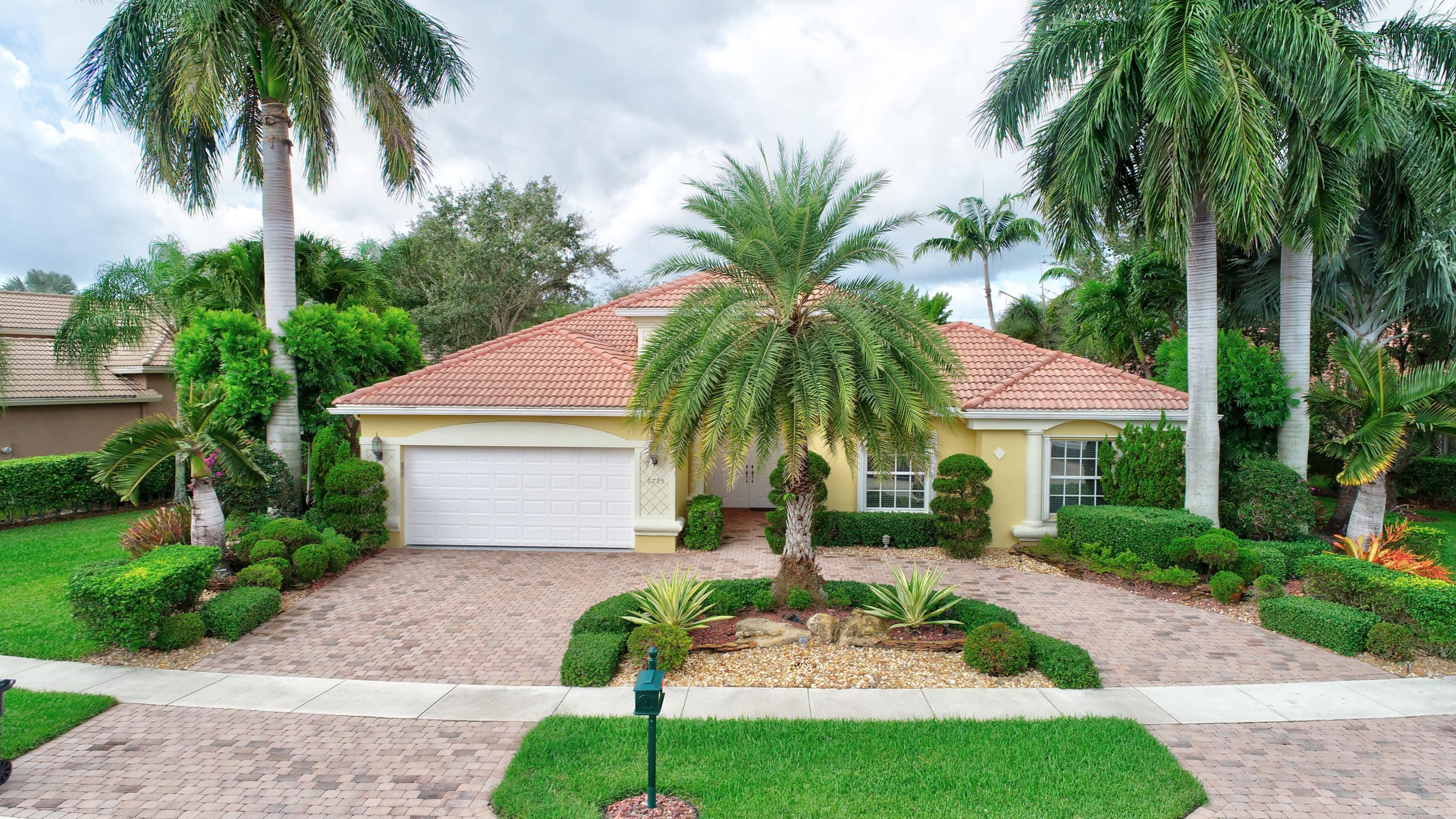 6795 Milani Street Lake Worth, FL 33467