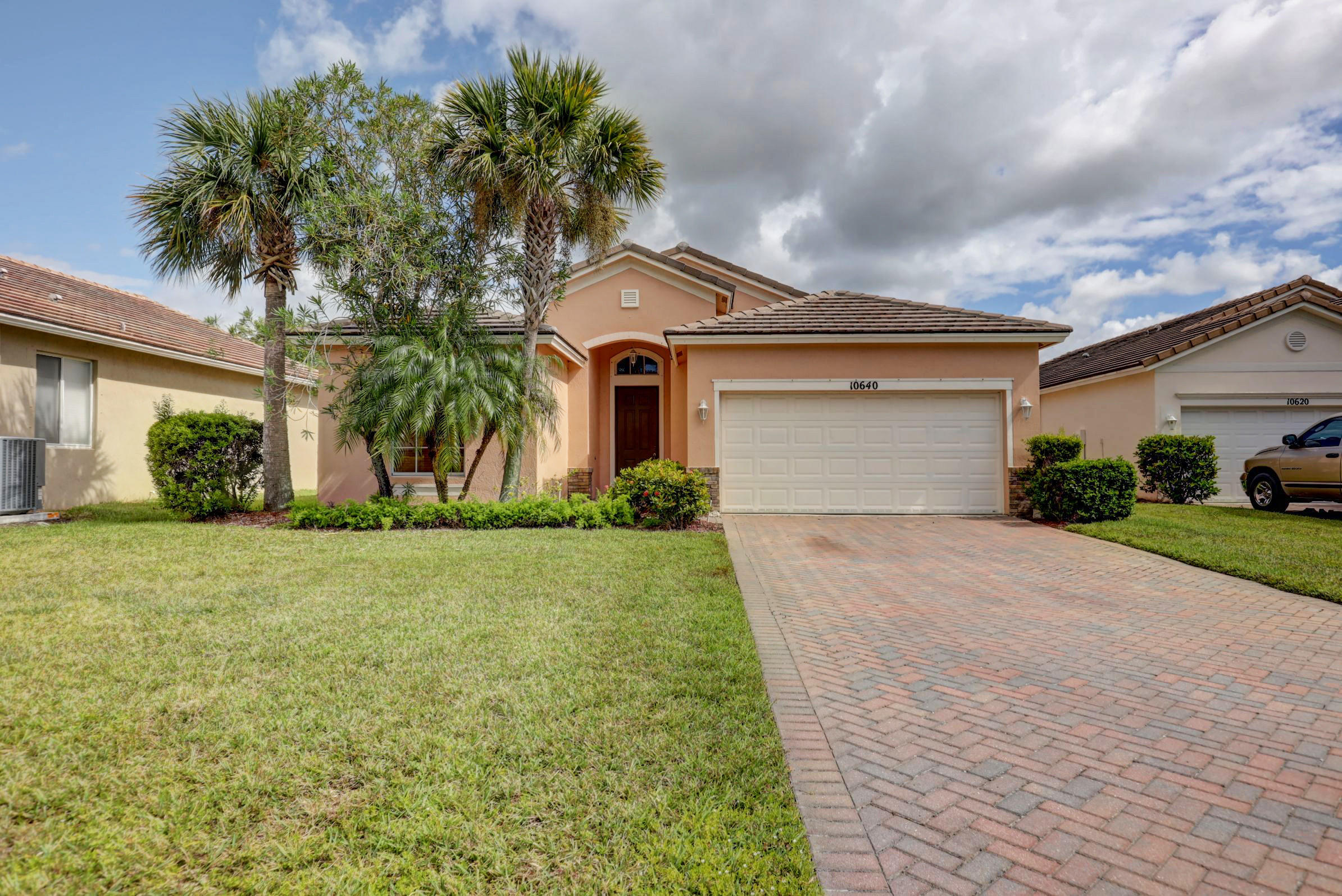 10640 SW Southgate Court  Port Saint Lucie FL 34987
