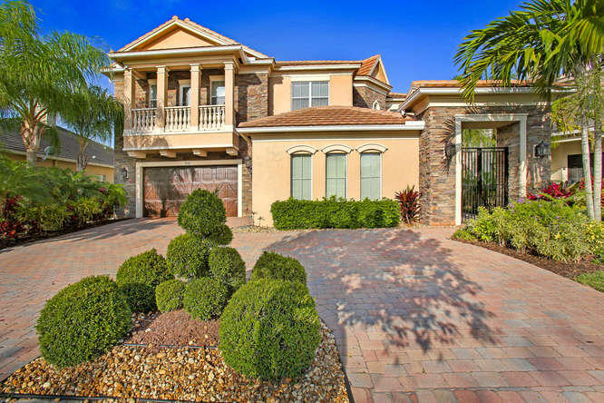 8541 Butler Greenwood Drive Royal Palm Beach, FL 33411