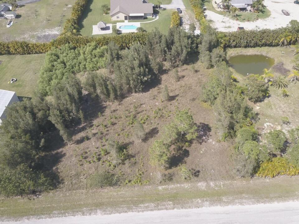 Home for sale in Loxahatchee/ Acreage West Palm Beach Florida