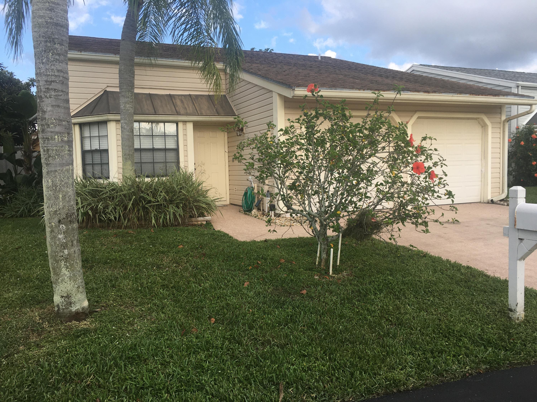 12 W Paxford Lane Boynton Beach, FL 33426