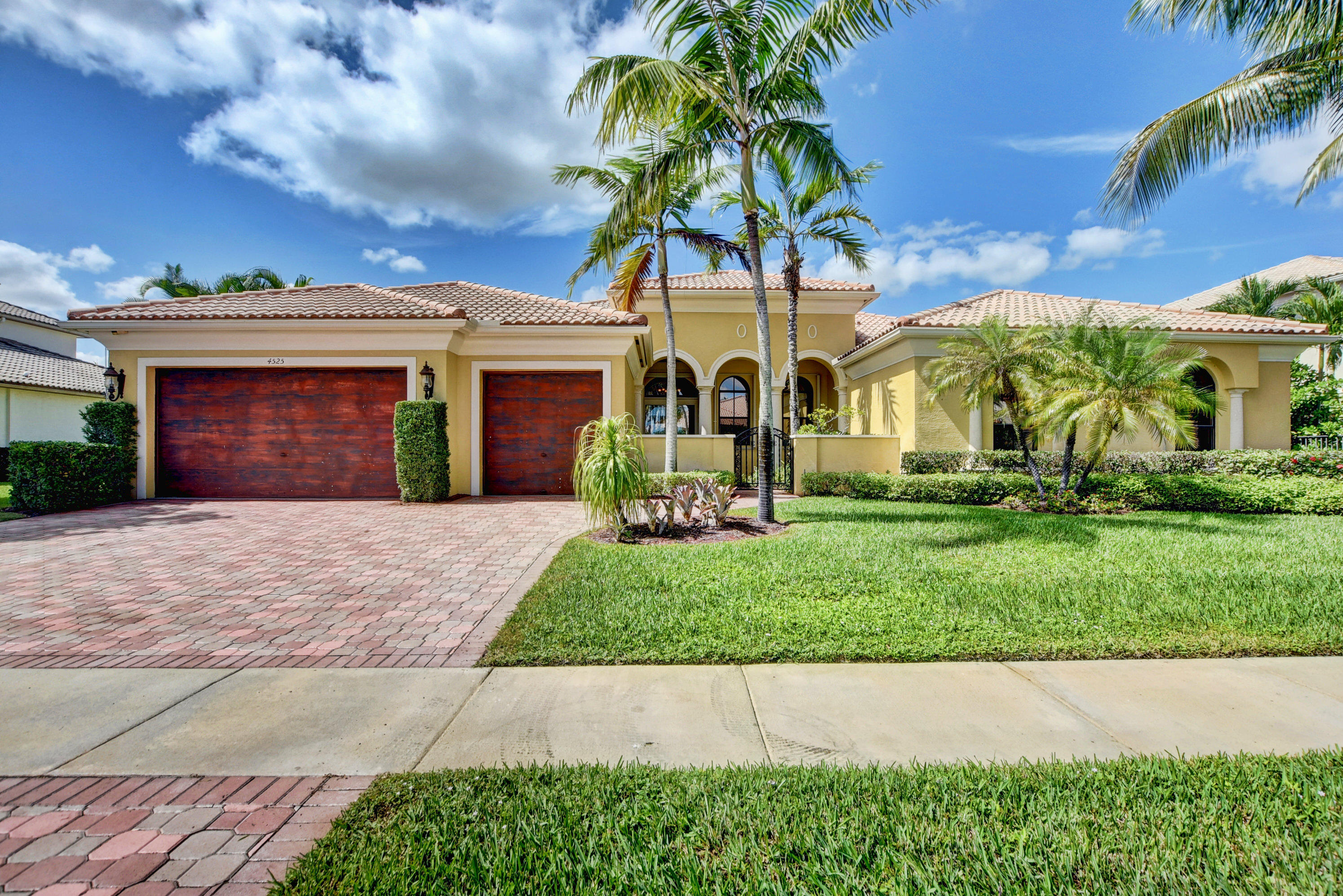 Home for sale in ISLES AT WELLINGTON PL 4 Wellington Florida