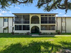 5861 La Pinata Boulevard C2 , Greenacres FL 33463 is listed for sale as MLS Listing RX-10570396 20 photos