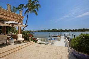 372  Regatta Drive , Jupiter FL 33477 is listed for sale as MLS Listing RX-10580919 photo #9