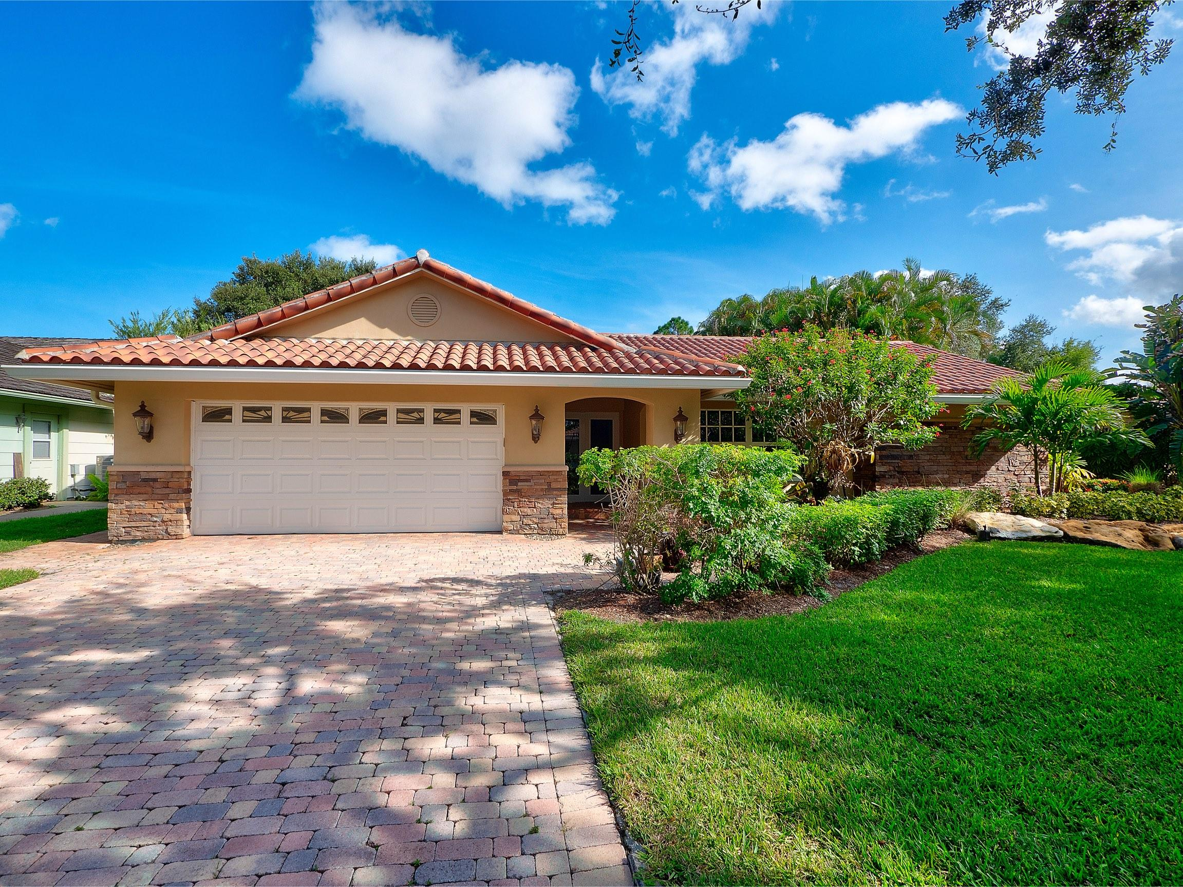 Photo of 18898 Still Lake Drive, Jupiter, FL 33458