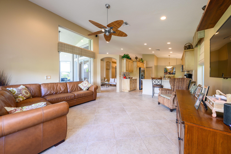 8775 Palm River Drive Lake Worth, FL 33467 photo 12