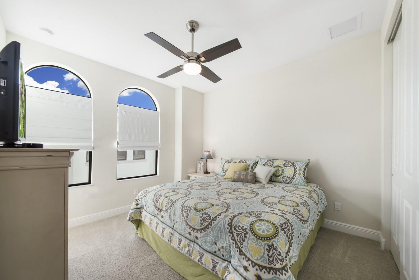 607 Windward Circle Boynton Beach, FL 33435 photo 24