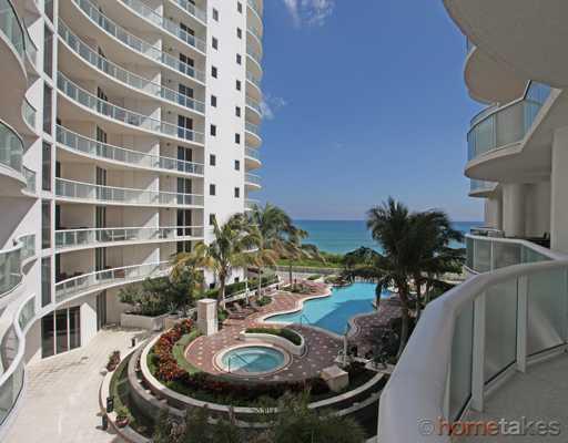 4600 N Ocean Drive 404  Singer Island FL 33404