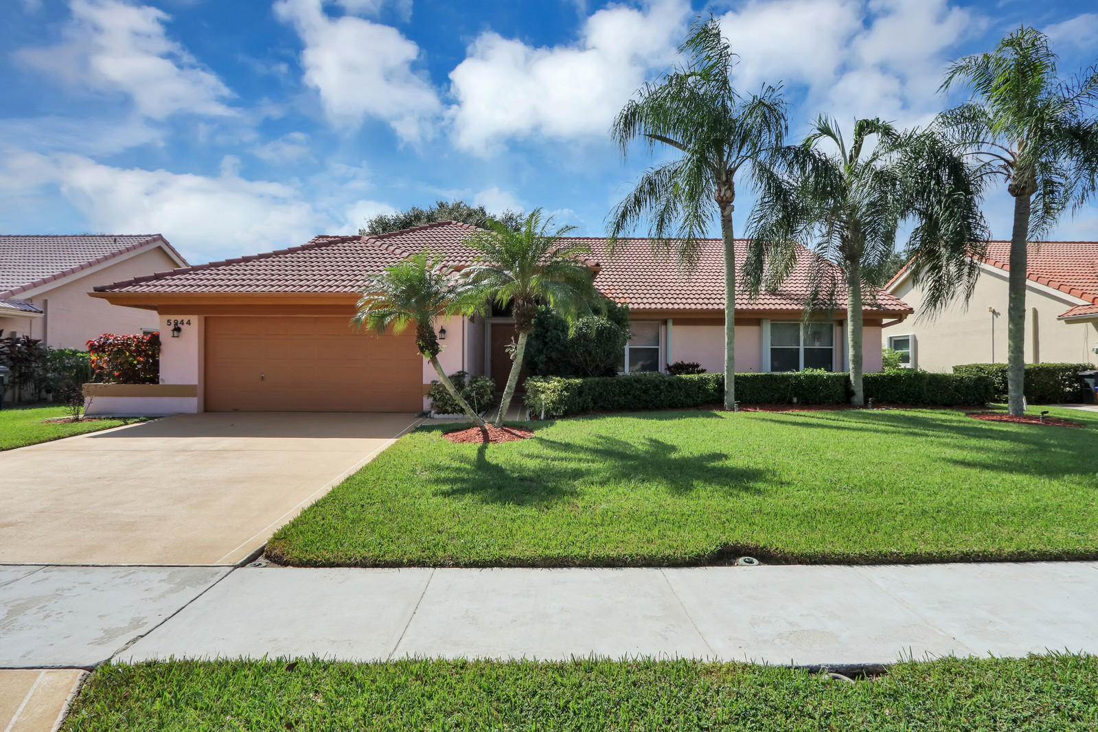 Home for sale in WINSTON TRAILS PAR 9 Lake Worth Florida
