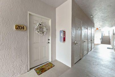 2803 Sarento Place 204 Palm Beach Gardens, FL 33410 photo 16