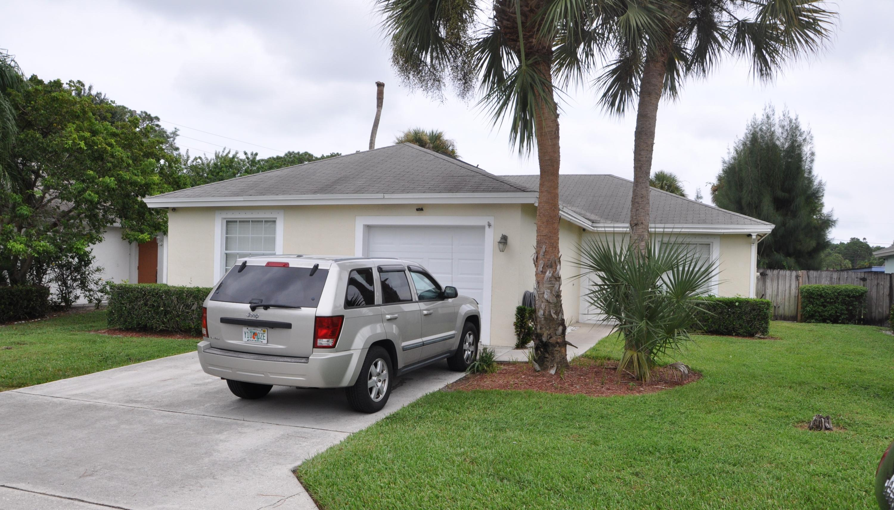 Home for sale in CLUB ROAD ESTATES Haverhill Florida