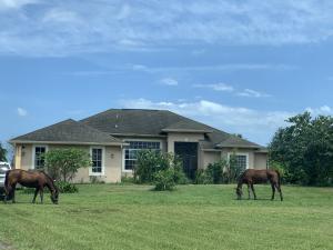 Country Living Estates