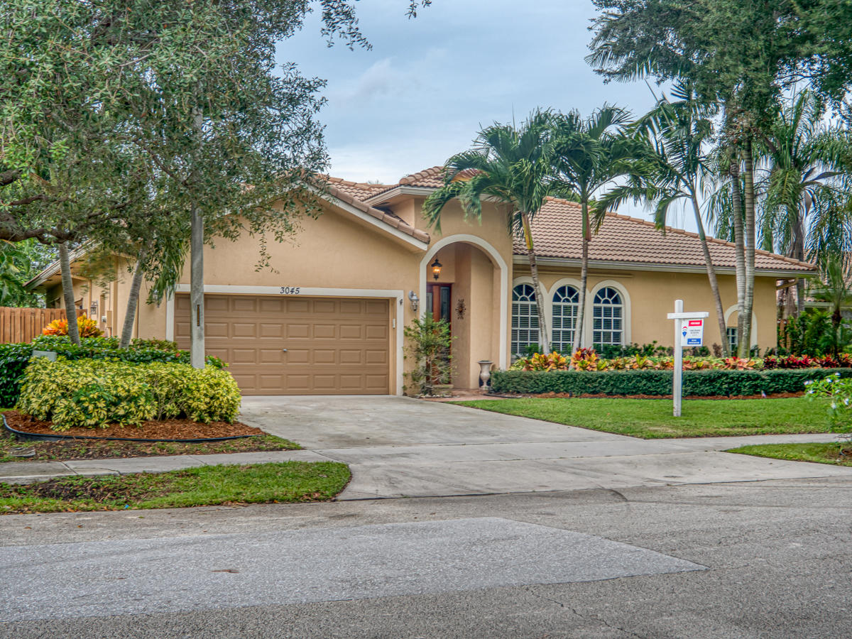 Home for sale in Sherwood Delray Beach Florida