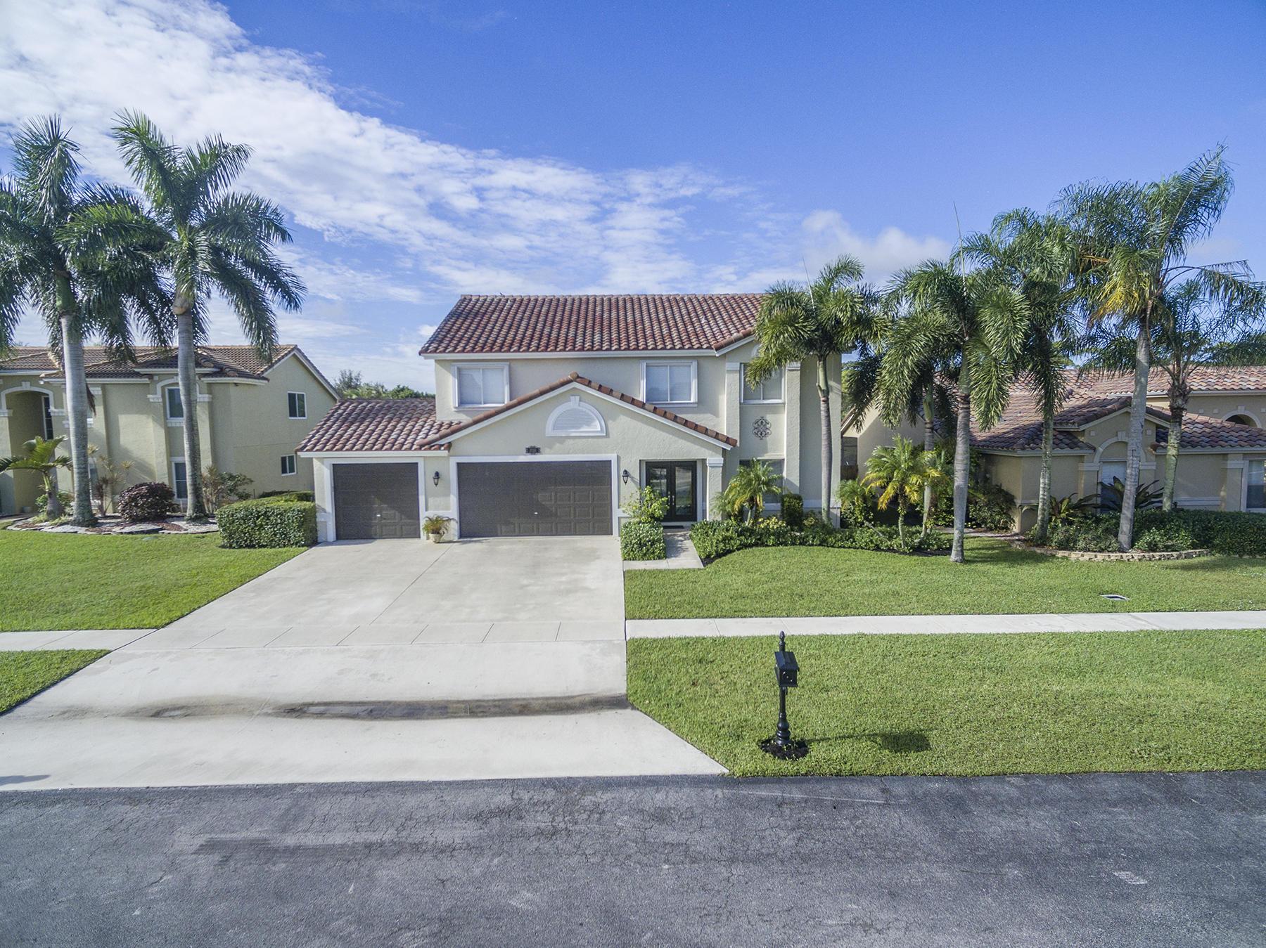 3719 Royal Cypress Lane Lake Worth, FL 33467