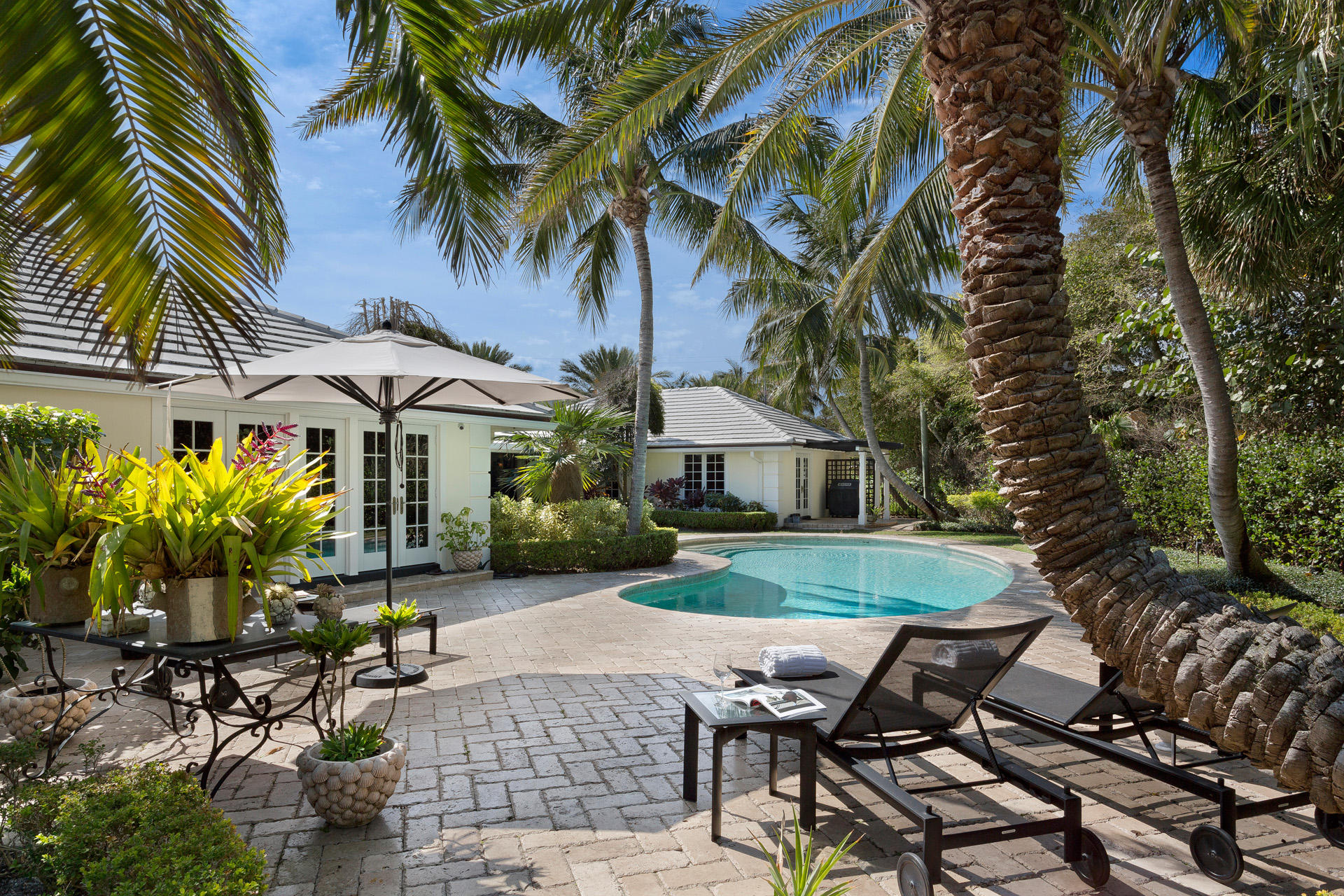70 Curlew Road, Manalapan, Florida 33462, 5 Bedrooms Bedrooms, ,5.2 BathroomsBathrooms,Single Family Detached,For Sale,Curlew,RX-10571332