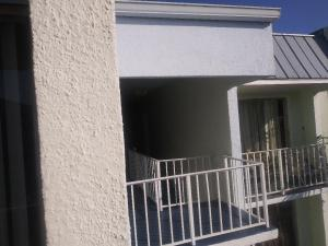 411  Executive Center Drive 202 For Sale 10571782, FL