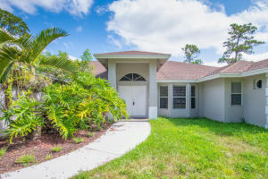 15627  92nd Ct N   For Sale 10500781, FL