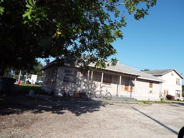 1406 Delaware Avenue, Fort Pierce, Florida 34950, ,Residential Income,For Sale,Delaware,RX-10572402