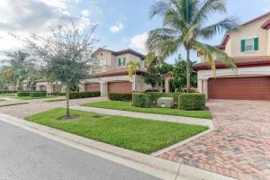 Property for sale at 119 Tresana Boulevard Unit: 47, Jupiter,  Florida 33478