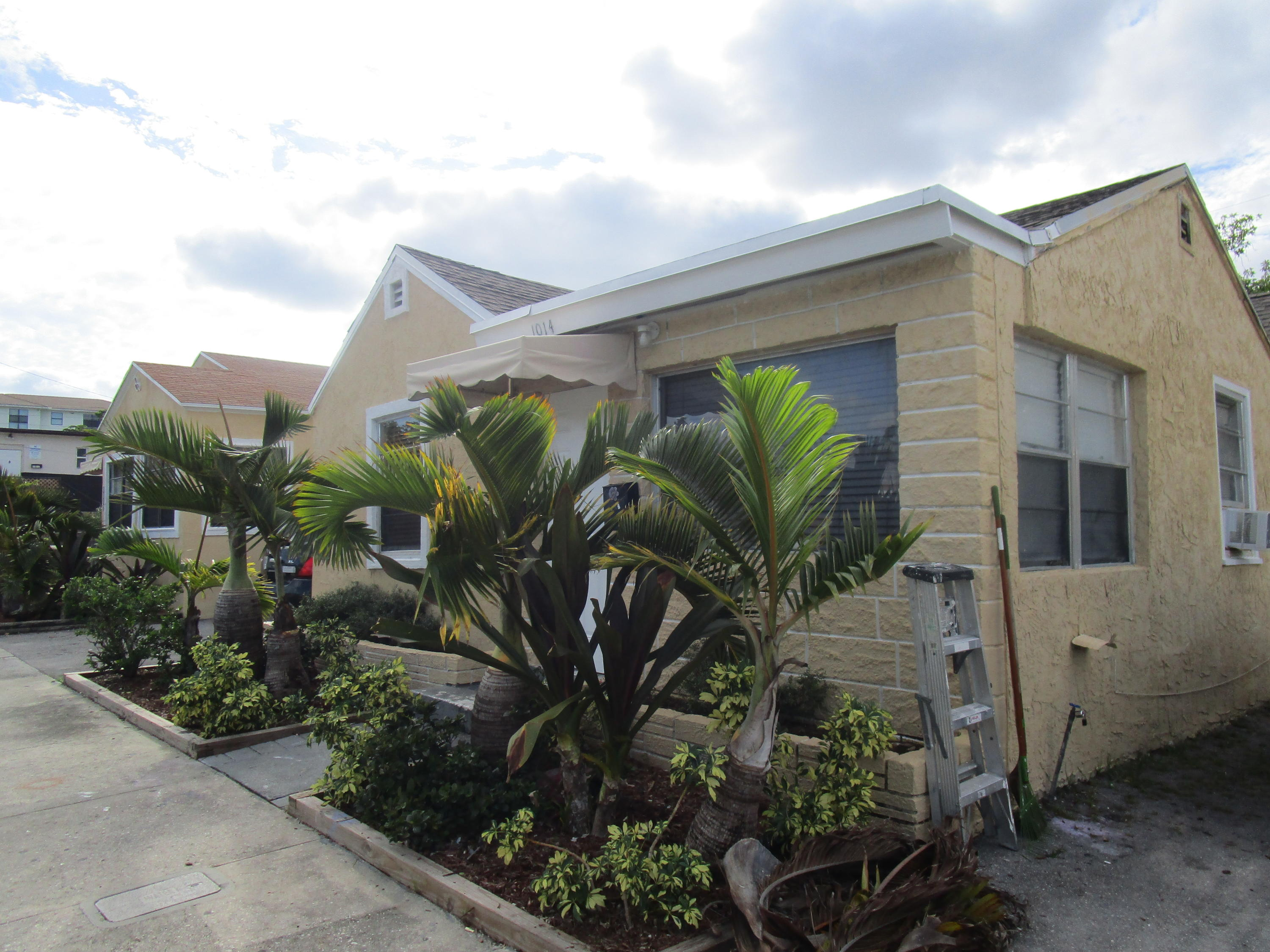 1014 18th Street  West Palm Beach, FL 33407