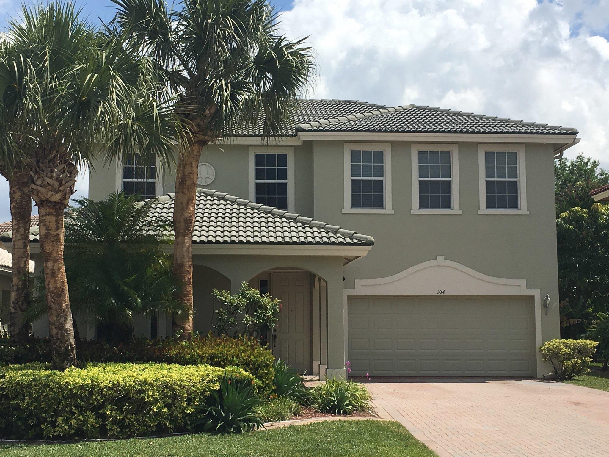 104 Sarona Circle Royal Palm Beach, FL 33411