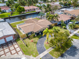 Property for sale at 5760 SW 17th Street, Plantation,  Florida 33317