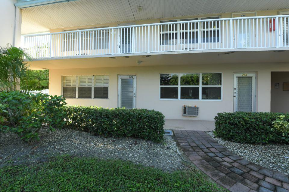 220 Dorchester J West Palm Beach, FL 33417 photo 19