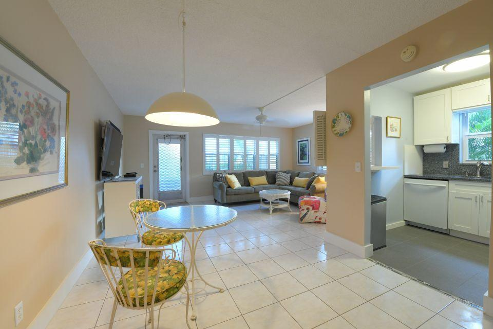 220 Dorchester J West Palm Beach, FL 33417 photo 5