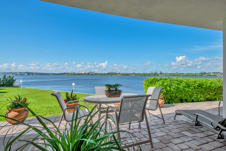 2760 S Ocean Boulevard, 107 - Palm Beach, Florida