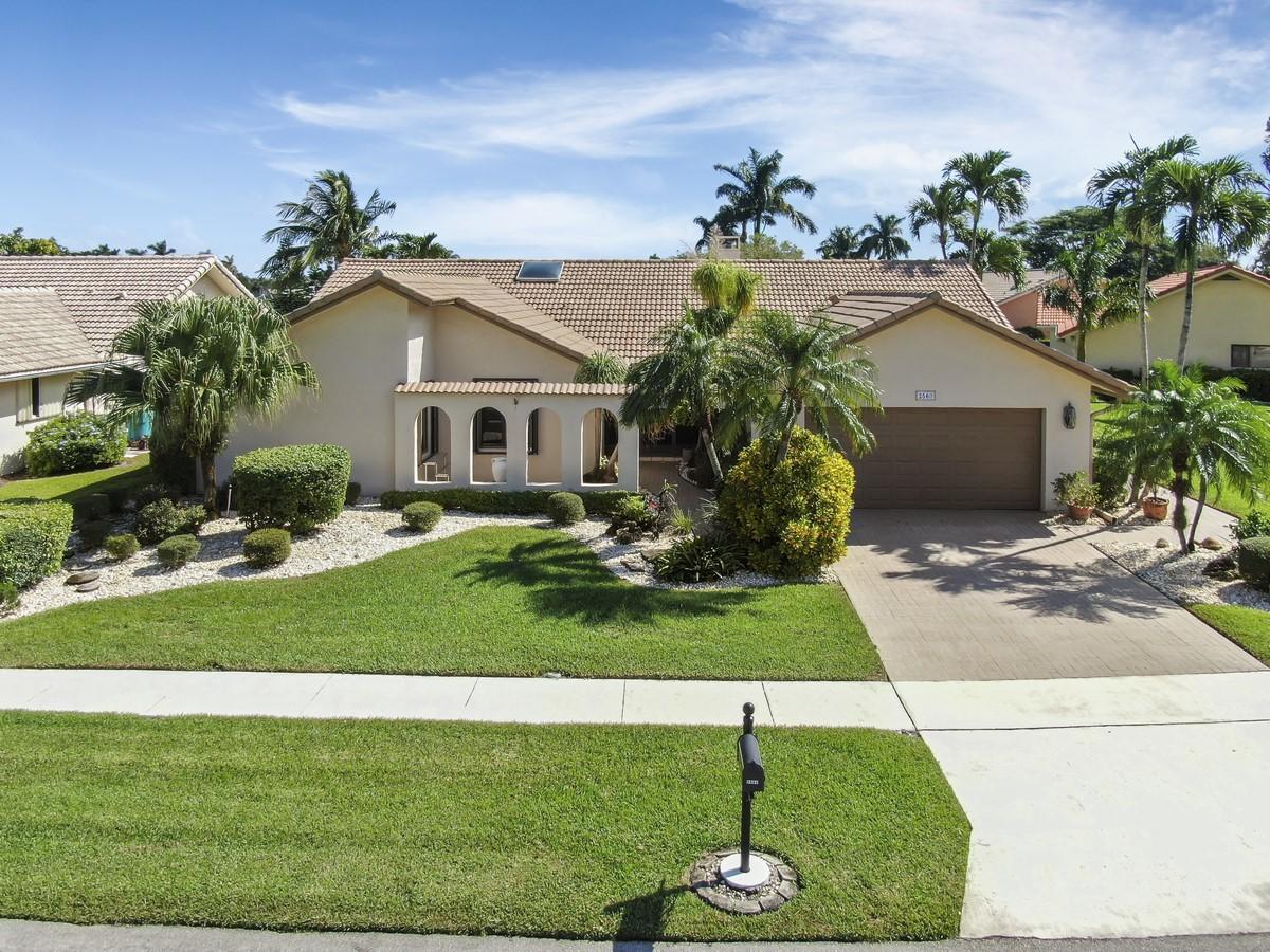2560 SW 23rd Cranbrook Drive  Boynton Beach, FL 33436