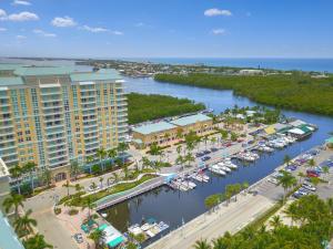 700 E Boynton Beach Boulevard 808 For Sale 10574588, FL