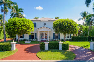 Beautiful traditional style -  this four bedroom home was completely renovated by the current owner.  The well designed modern  interior, and open floor plan is great for entertaining.  The exclusive Ibis Isle location offers privacy and security and includes Ocean Access.  Optional $600 HOA security contribution.