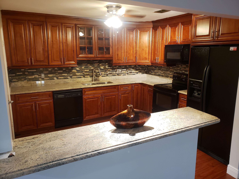 8084 Ambach Way, Hypoluxo, Florida 33462, 2 Bedrooms Bedrooms, ,2 BathroomsBathrooms,Rental,For Rent,Ambach,RX-10573863