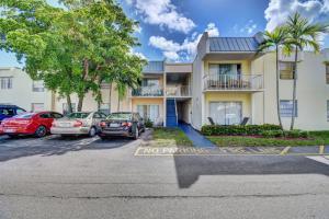 411  Executive Center Drive 105 For Sale 10574428, FL