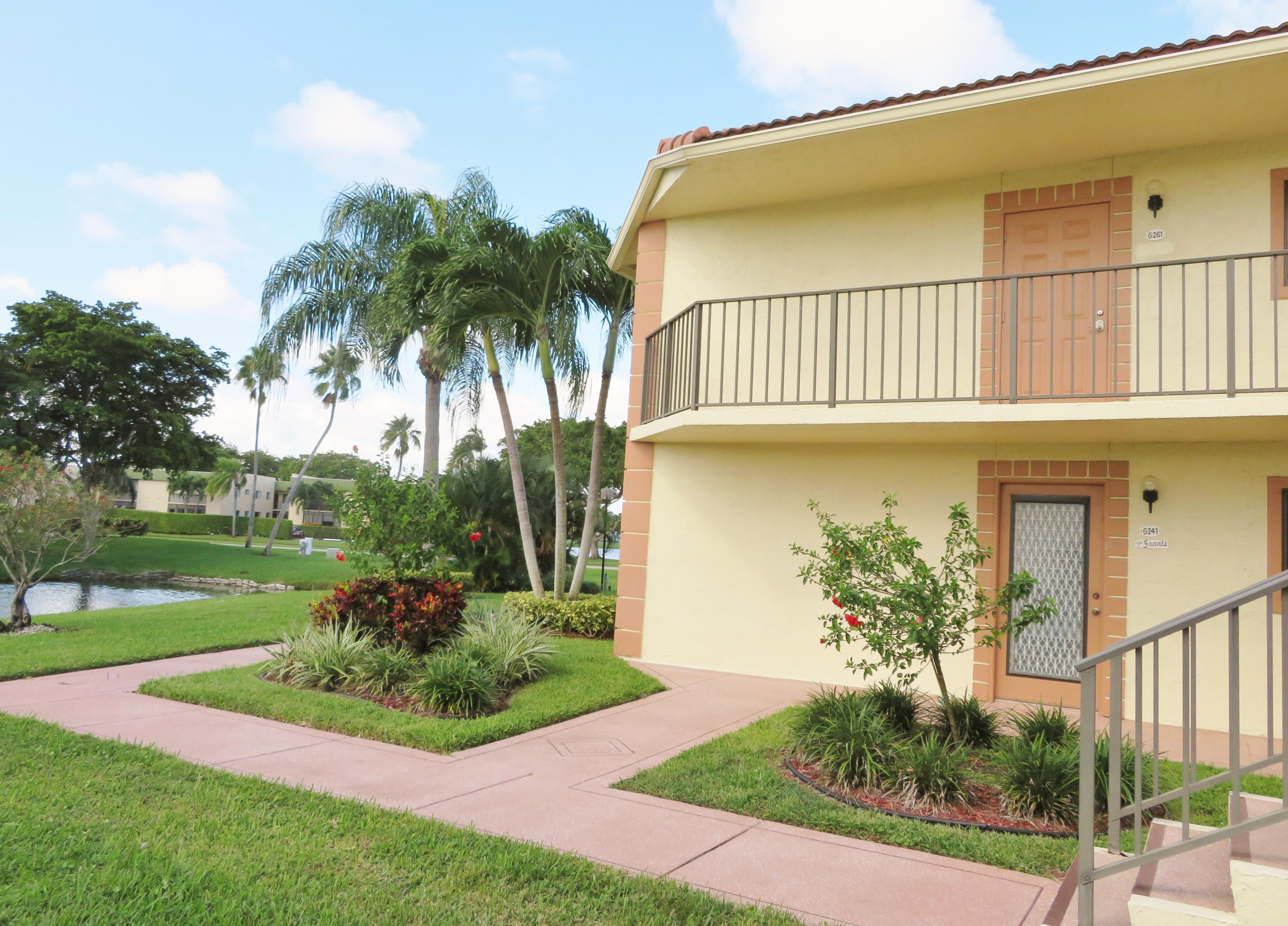 15234 Lakes Of Delray 261  Delray Beach, FL 33484
