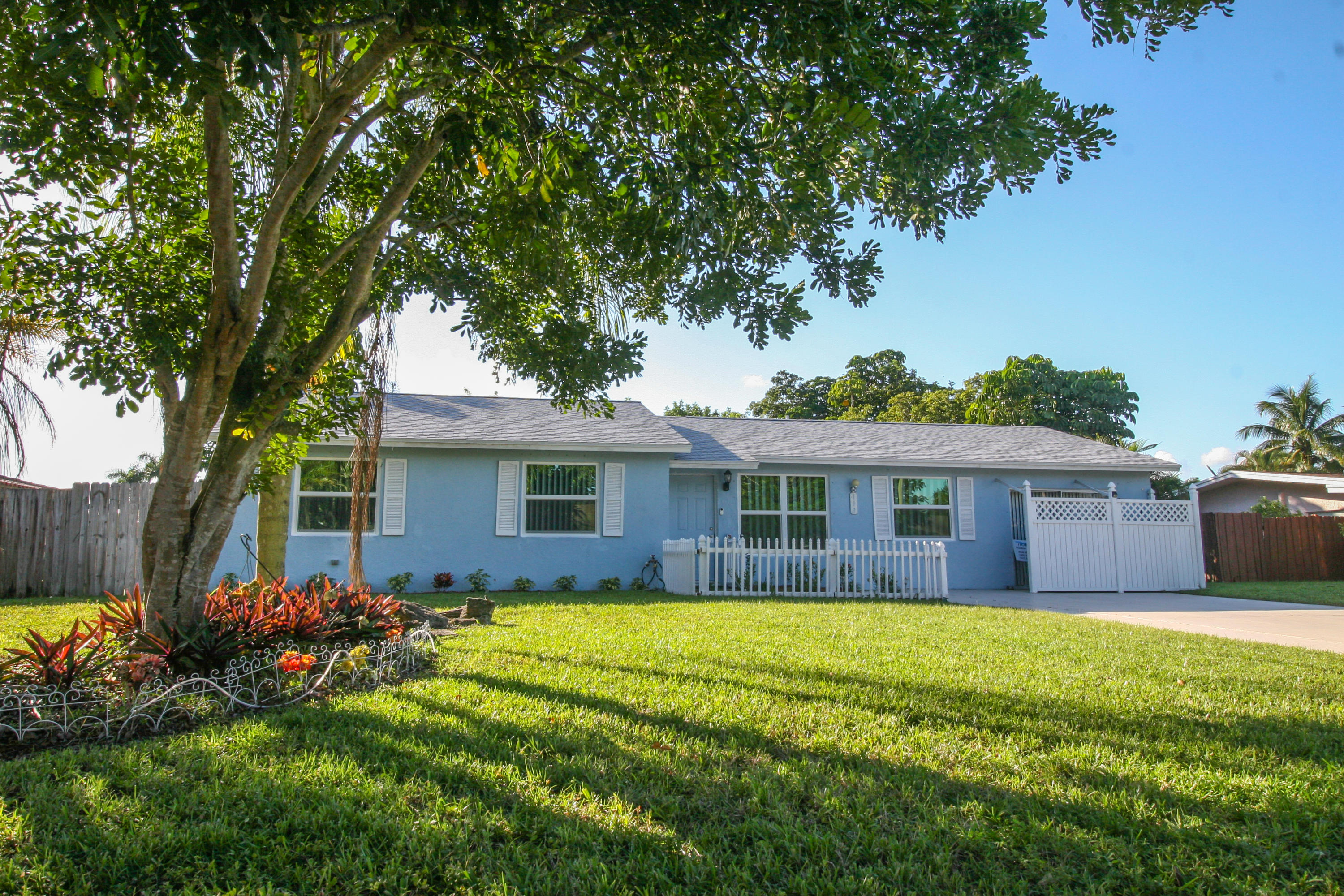 113 Swan Parkway Royal Palm Beach, FL 33411